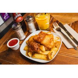 Kids Fish Meal by Jody Hartley Photography low res.jpg